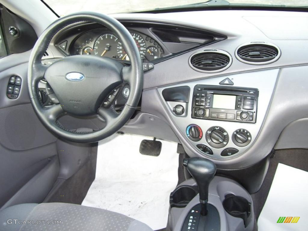 Filename 40439084 jpg view image found on 2004 ford focus interior