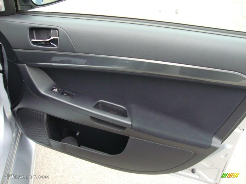 2008 Mitsubishi Lancer Evolution GSR Black Door Panel Photo #40494638 | GTCarLot.com