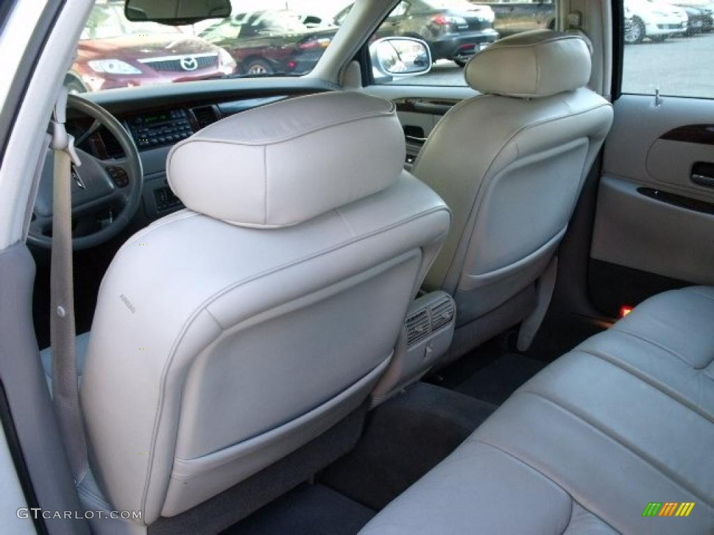 1999 lincoln town car signature interior photo 40512570. Black Bedroom Furniture Sets. Home Design Ideas