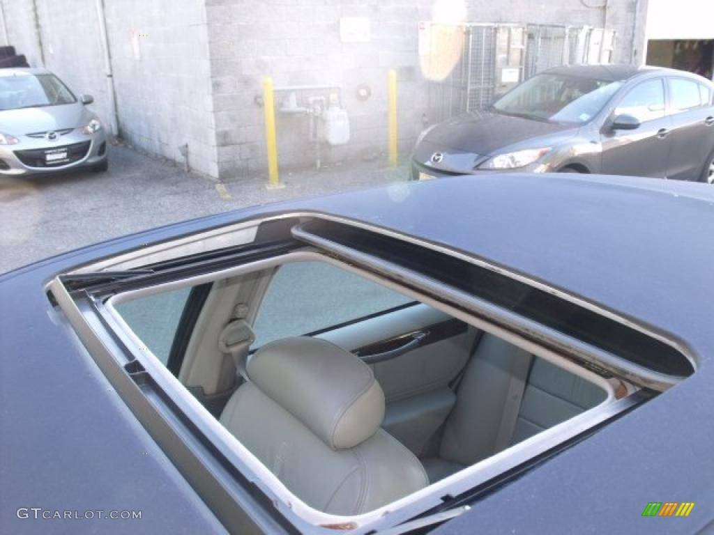 1999 lincoln town car signature sunroof photo 40512818. Black Bedroom Furniture Sets. Home Design Ideas