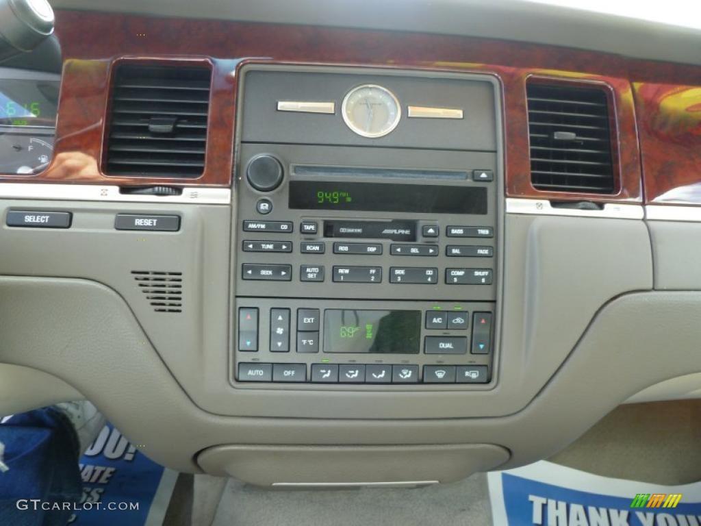 2003 Lincoln Town Car Signature Controls Photo 40526740 Gtcarlot Com