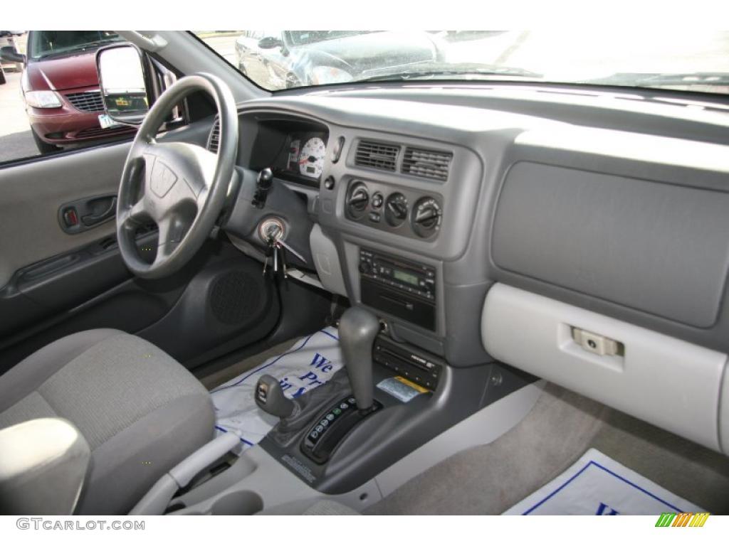 2002 mitsubishi montero sport interior 2002 mitsubishi montero sport ls 4x4 interior photo