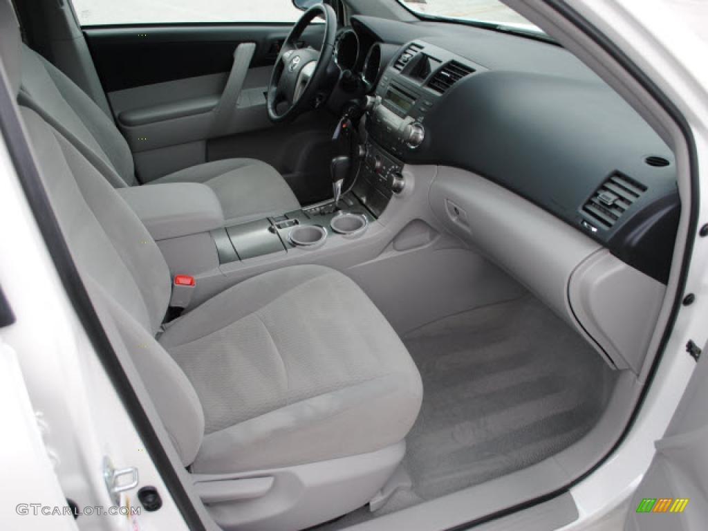 2010 Toyota Highlander V6 Interior Color Photos