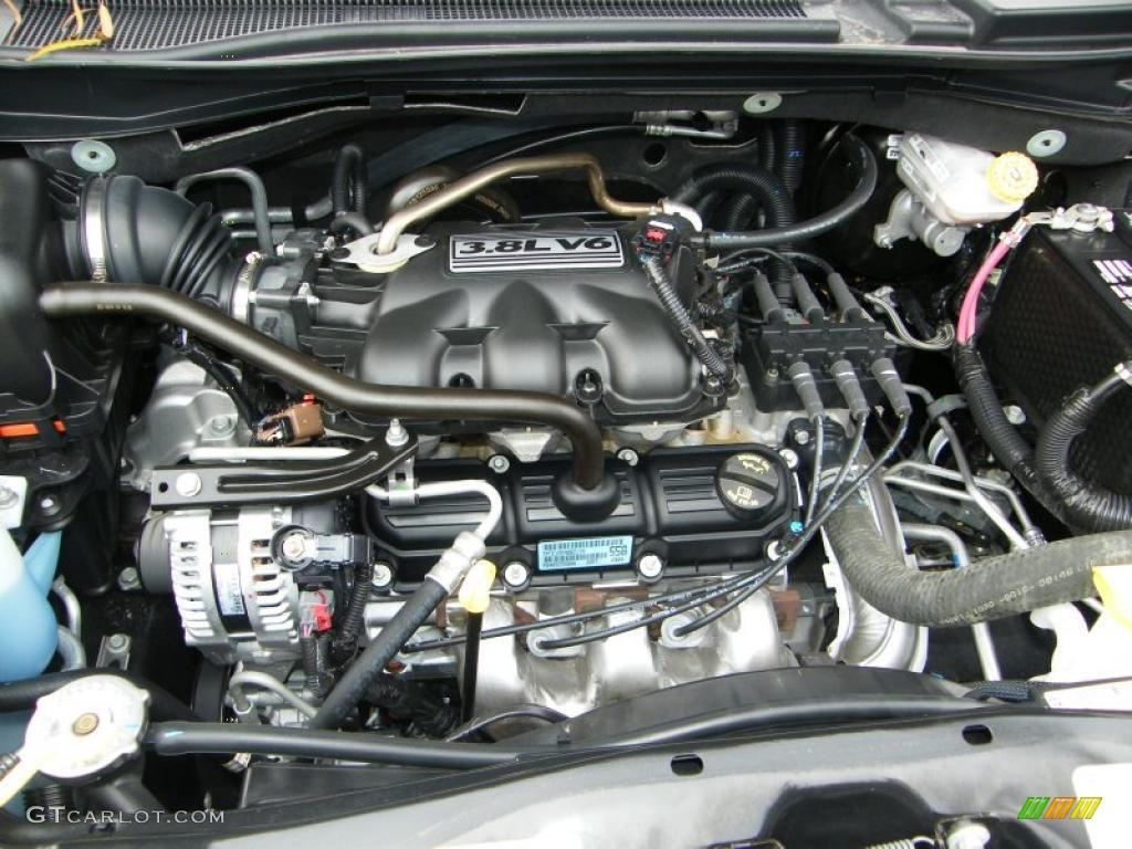 2010 Volkswagen Routan SE 3.8 Liter OHV 12-Valve V6 Engine ...