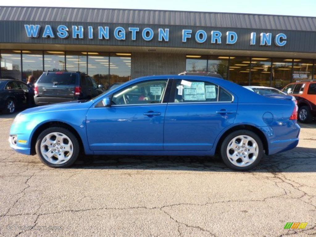2011 Fusion SE V6 - Blue Flame Metallic / Charcoal Black photo #1
