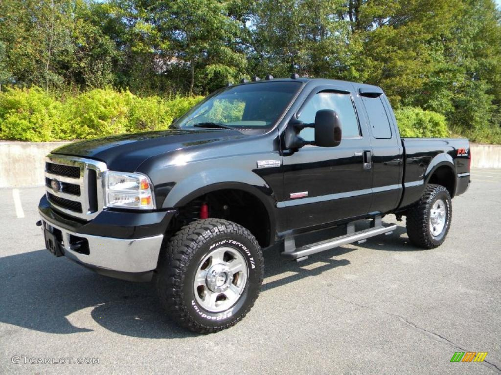 Black 2006 ford f350 super duty lariat supercab 4x4 exterior photo 40614149