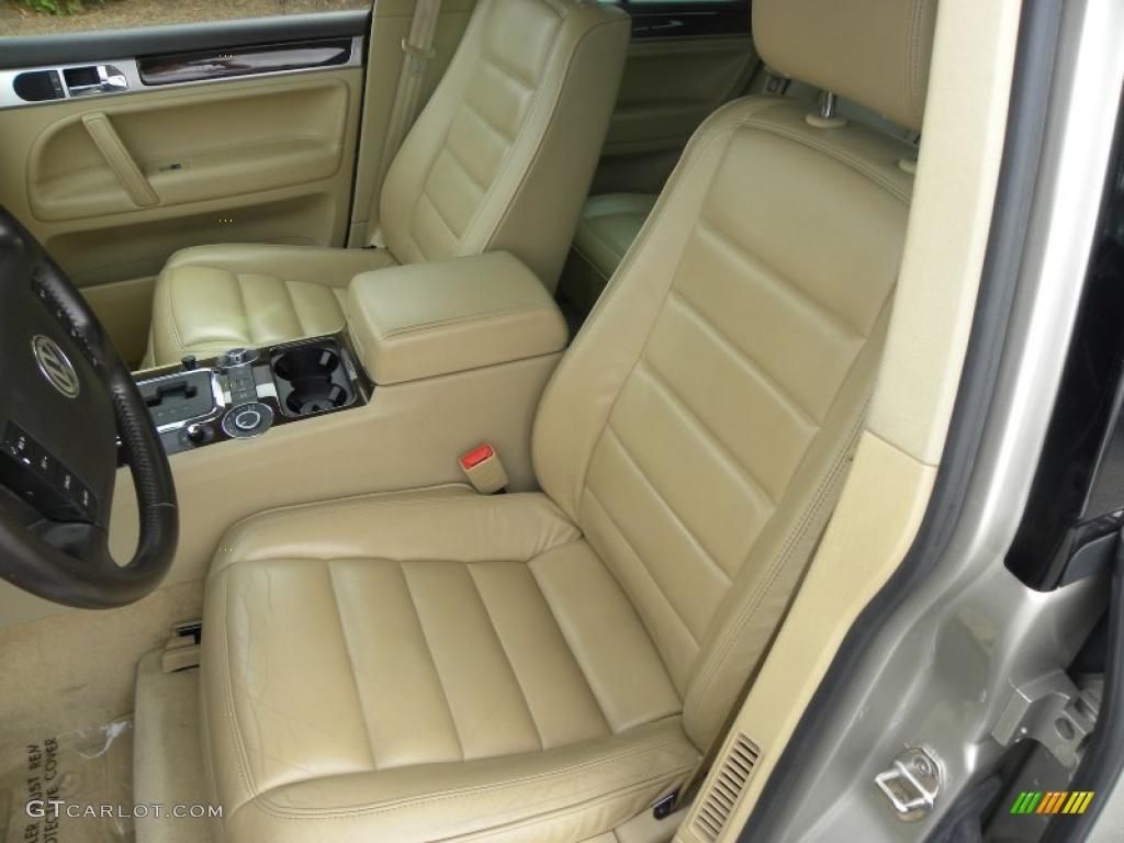 Pure Beige Interior 2004 Volkswagen Touareg V8 Photo 40627922