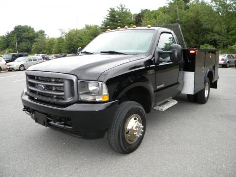 2004 Ford F350 Super Duty XL Regular Cab 4x4 Chassis Commercial Data, Info and Specs | GTCarLot.com