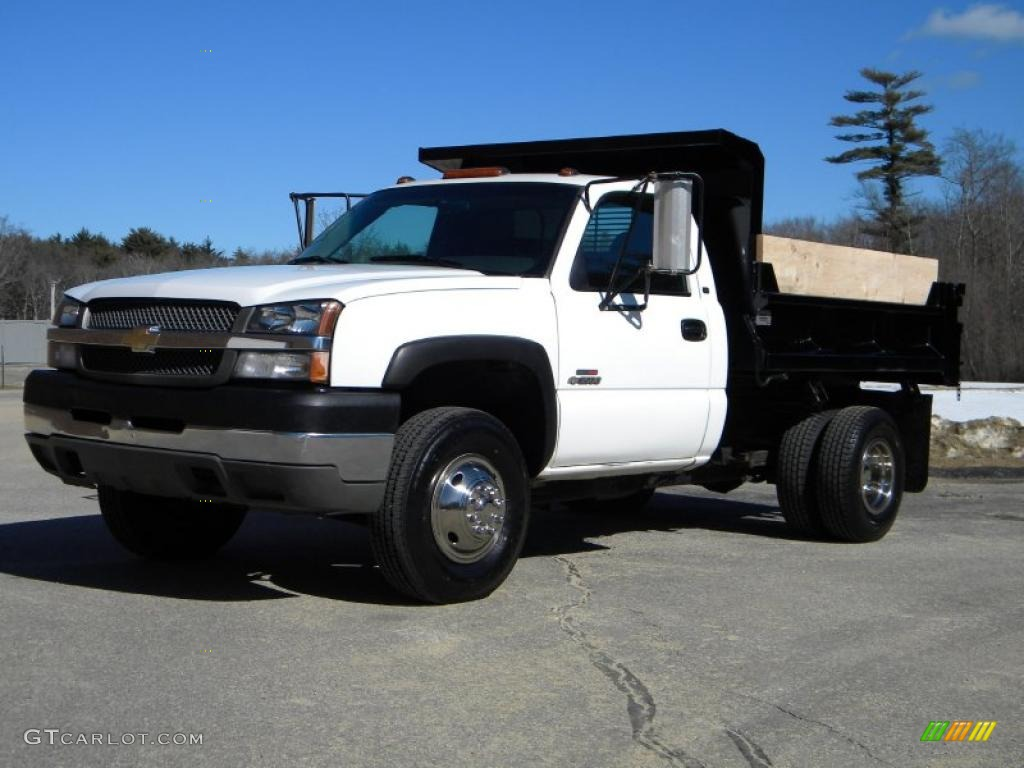 Summit white 2003 chevrolet silverado 3500 regular cab 4x4 chassis dump truck exterior photo 40639230