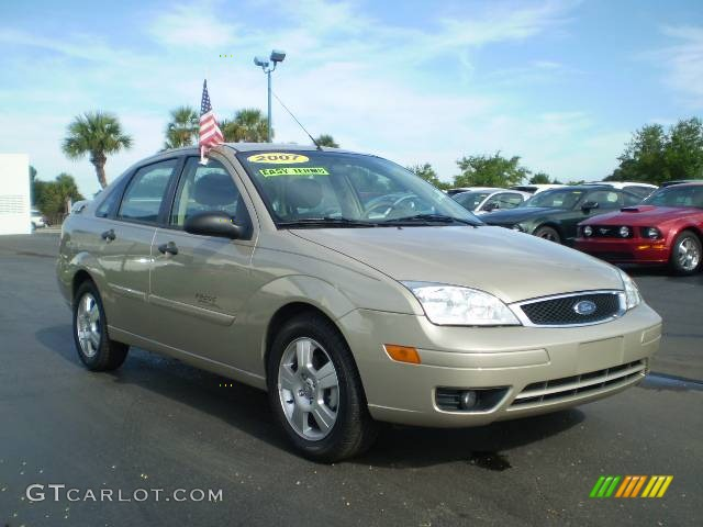 pueblo gold metallic 2007 ford focus zx4 ses sedan. Black Bedroom Furniture Sets. Home Design Ideas