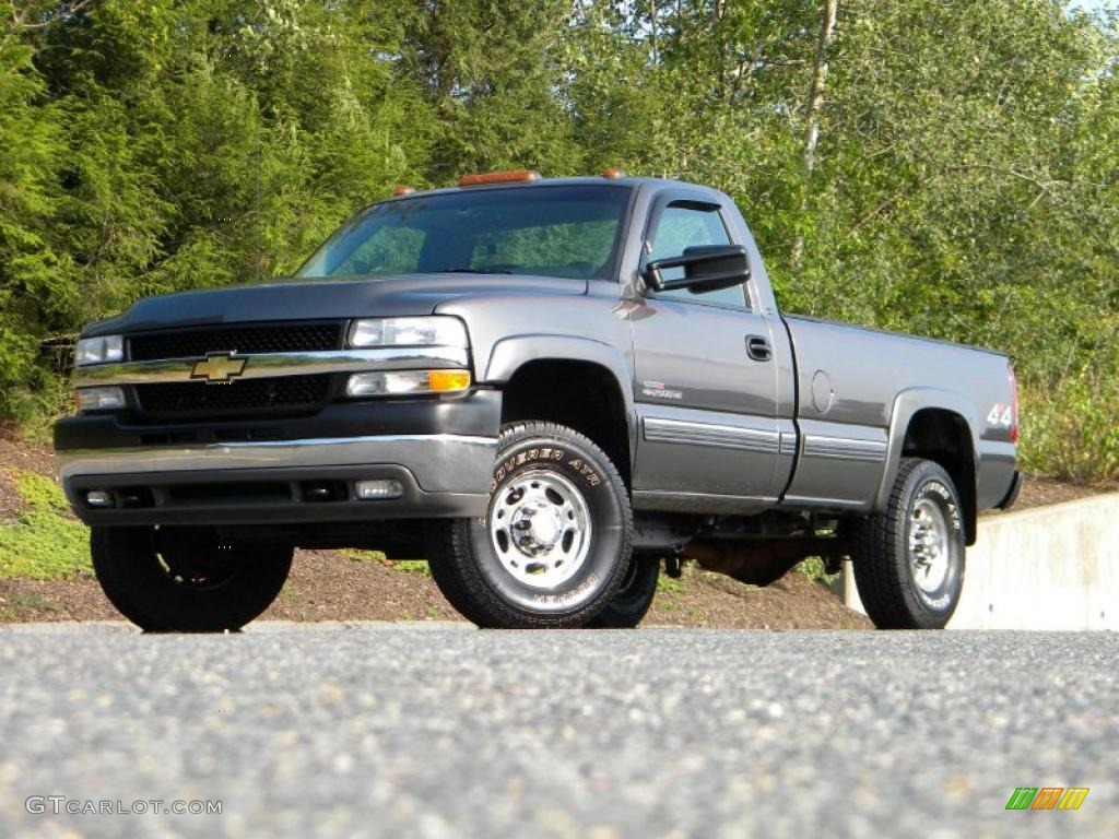 Medium charcoal gray metallic 2001 chevrolet silverado 2500hd ls regular cab 4x4 exterior photo 40647582