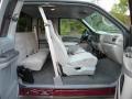 Medium Graphite Interior Photo for 2000 Ford F250 Super Duty #40654554