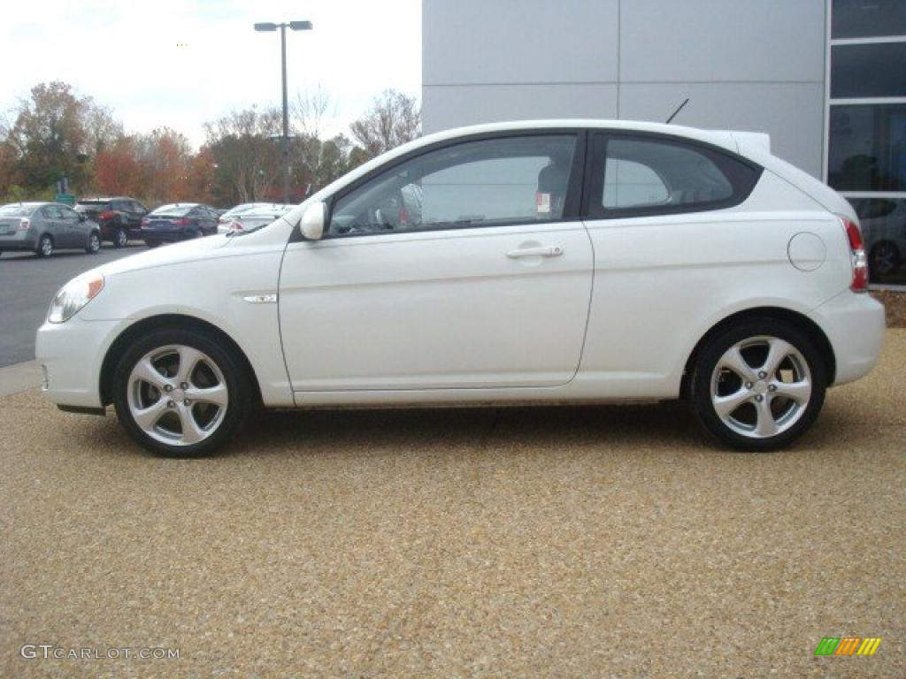 Nordic White 2008 Hyundai Accent Se Coupe Exterior Photo