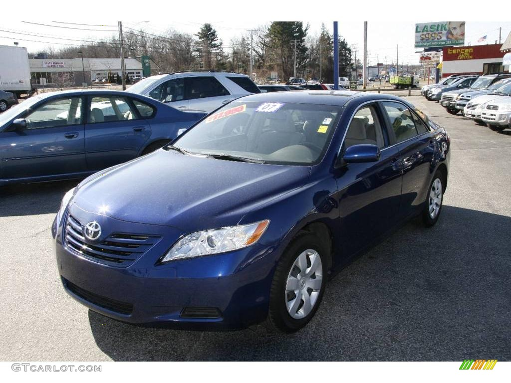 2007 Blue Ribbon Metallic Toyota Camry Le 4041713