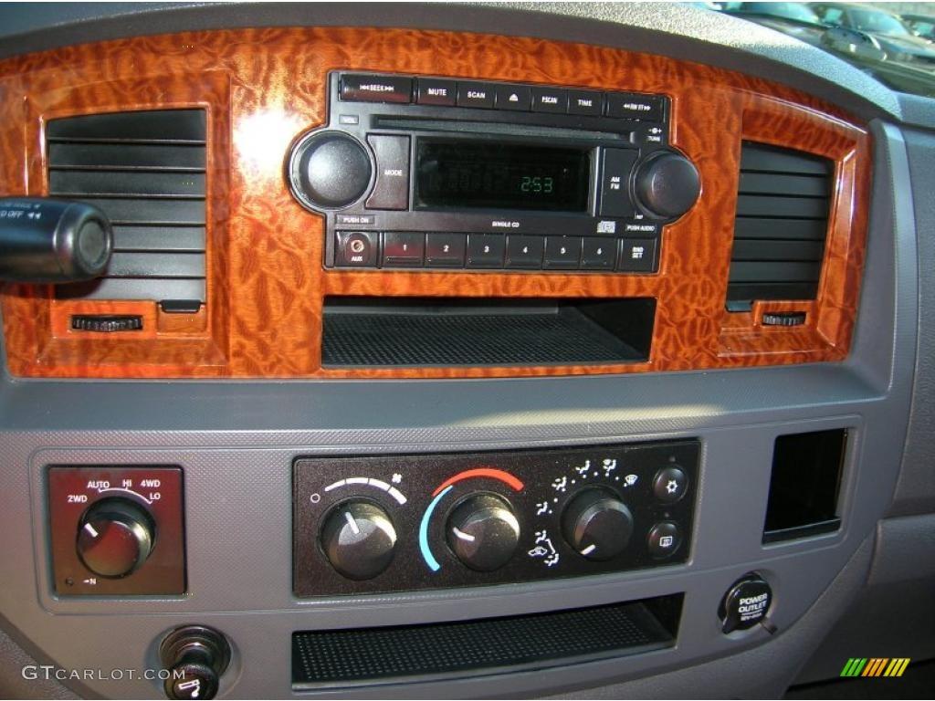 2006 Ram 1500 Big Horn Edition Quad Cab 4x4 - Mineral Gray Metallic / Medium Slate Gray photo #19