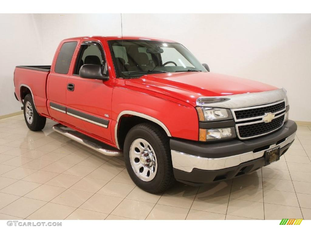 2006 Silverado 1500 Work Truck Extended Cab - Victory Red / Dark Charcoal photo #1