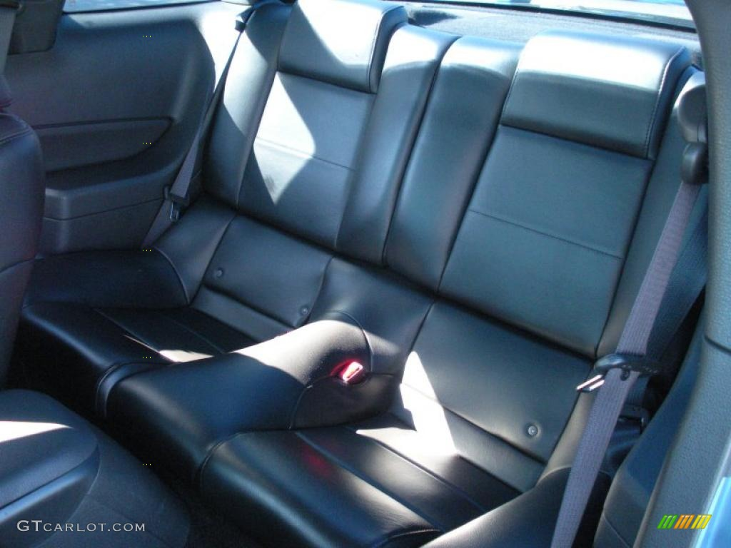 Dark Charcoal Interior 2006 Ford Mustang V6 Premium Coupe Photo #40759243