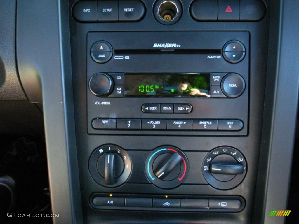 2006 Ford Mustang V6 Premium Coupe Controls Photo #40759347