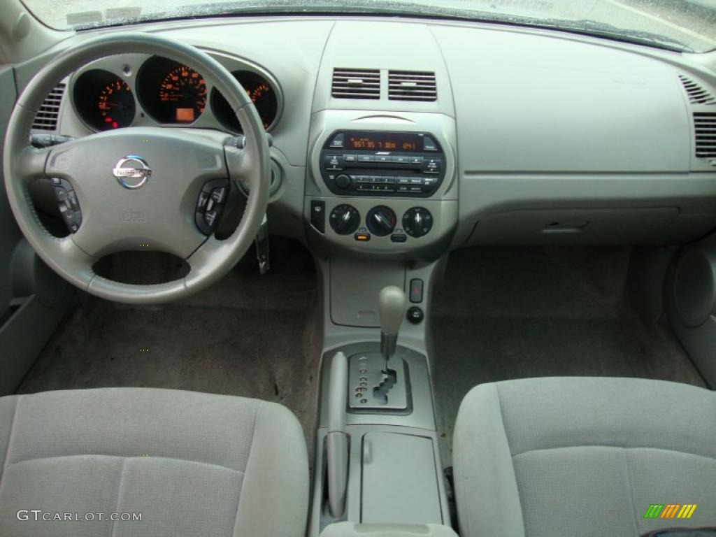 2004 Nissan Altima 2.5 S >> 2003 Nissan Altima 3.5 SE Frost Dashboard Photo #40780807 ...