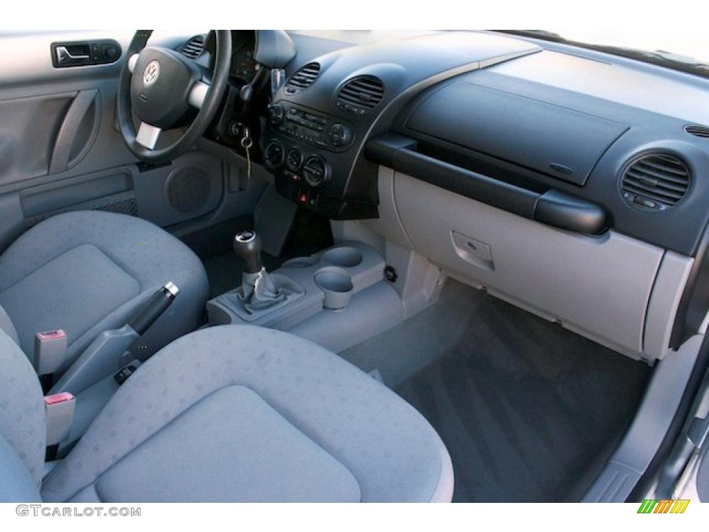 2001 Volkswagen New Beetle Gl Coupe Interior Photo 40795415