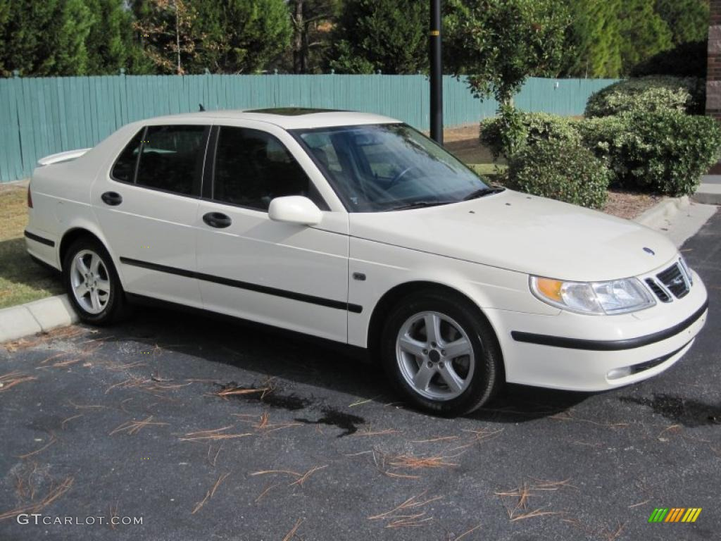 polar white 2002 saab 9 5 arc sedan exterior photo. Black Bedroom Furniture Sets. Home Design Ideas