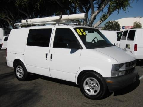 2005 Chevrolet Astro Commercial Van Data, Info and Specs