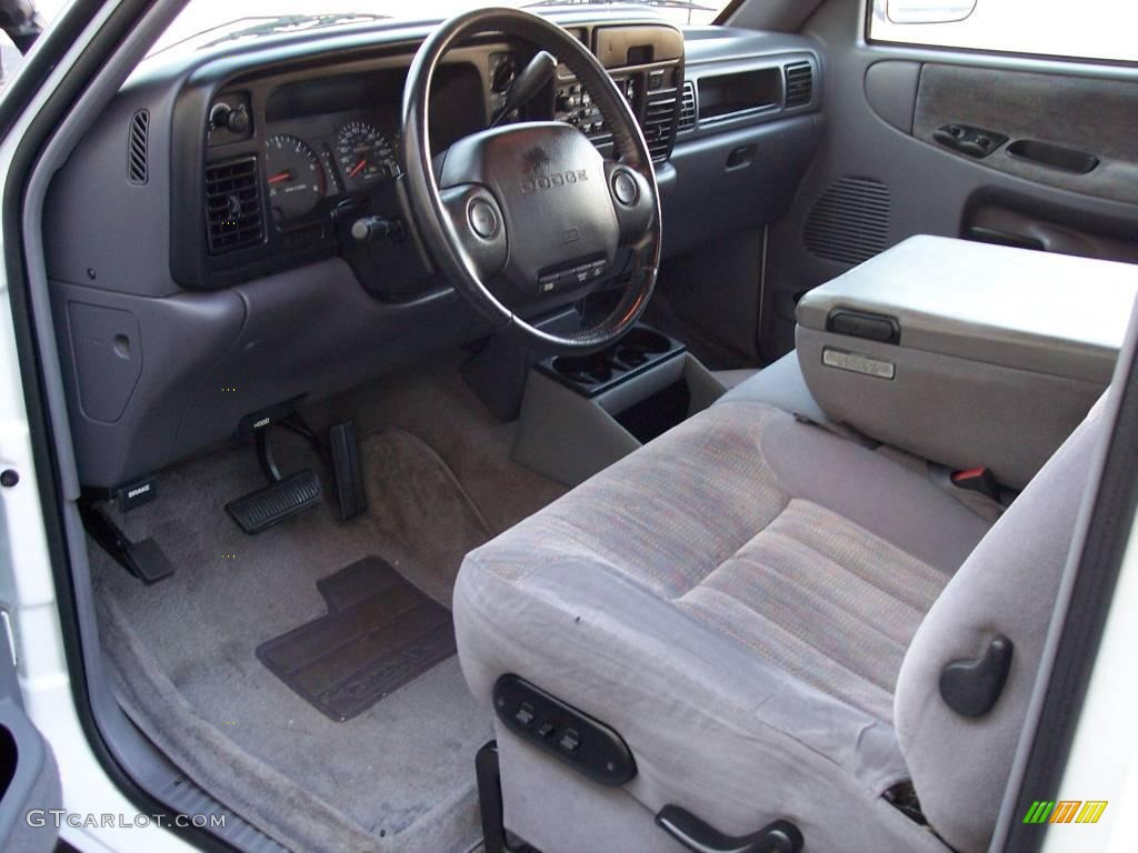 on 1997 Dodge Ram 1500 Extended Cab 4x4