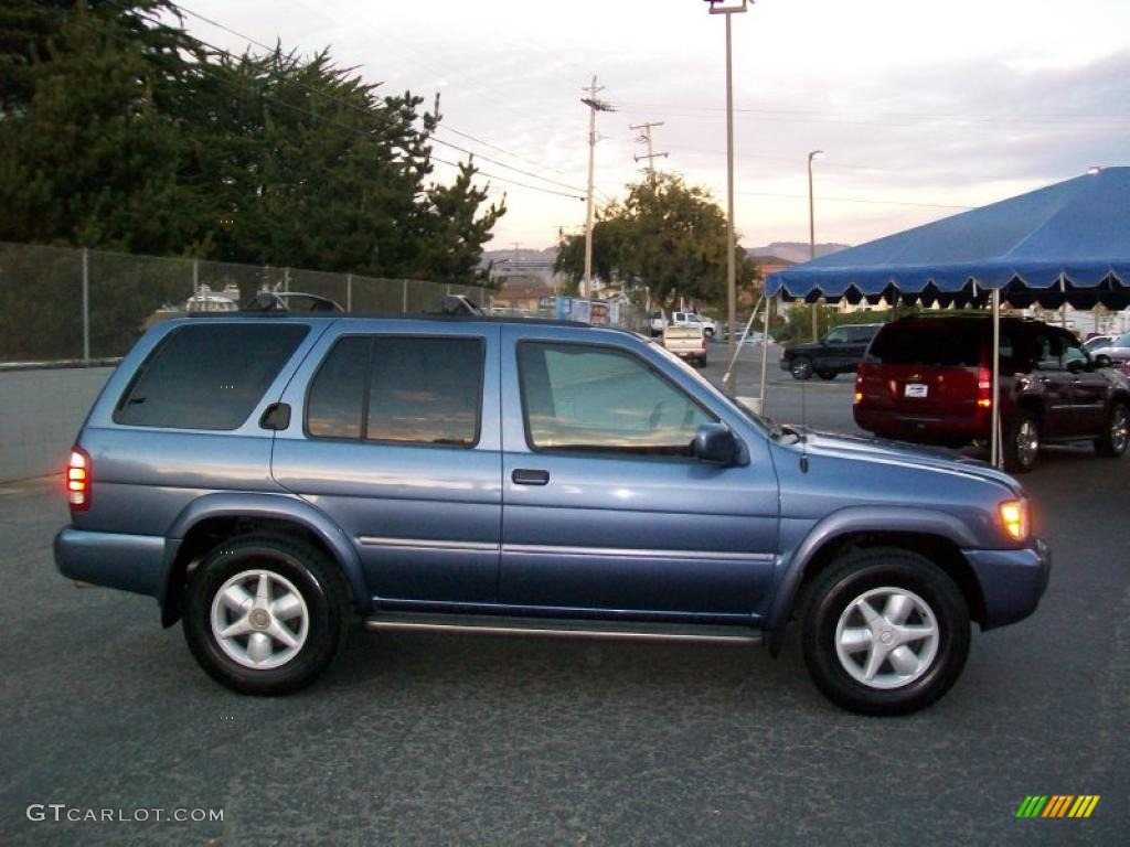 Bayshore Blue Metallic 2001 Nissan Pathfinder LE 4x4 Exterior Photo  #40869074