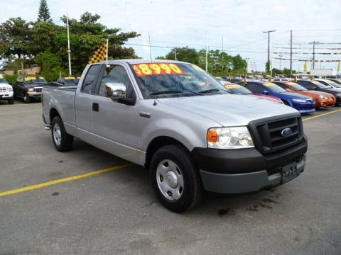 2005 Ford F150 XL SuperCab Data, Info and Specs
