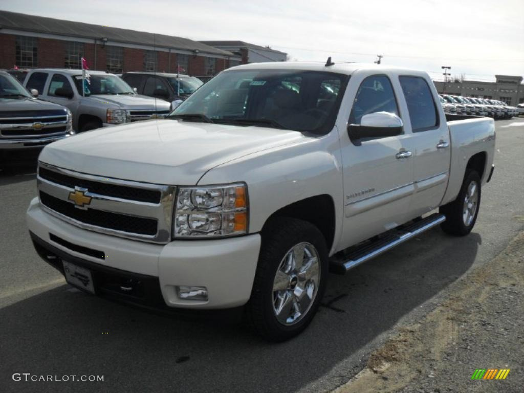 2011 white diamond tricoat chevrolet silverado 1500 ltz crew cab 4x4 40879874. Black Bedroom Furniture Sets. Home Design Ideas