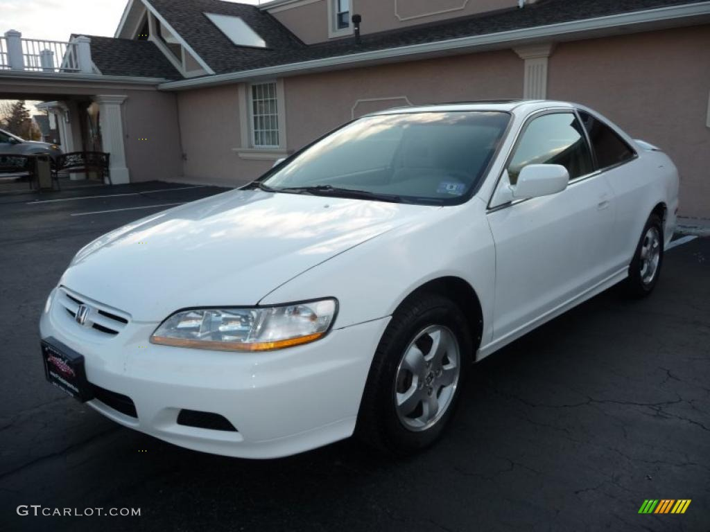 2001 Accord EX Coupe   Taffeta White / Ivory Photo #1