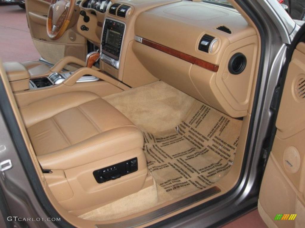 Havanna Sand Beige Interior 2004 Porsche Cayenne Turbo
