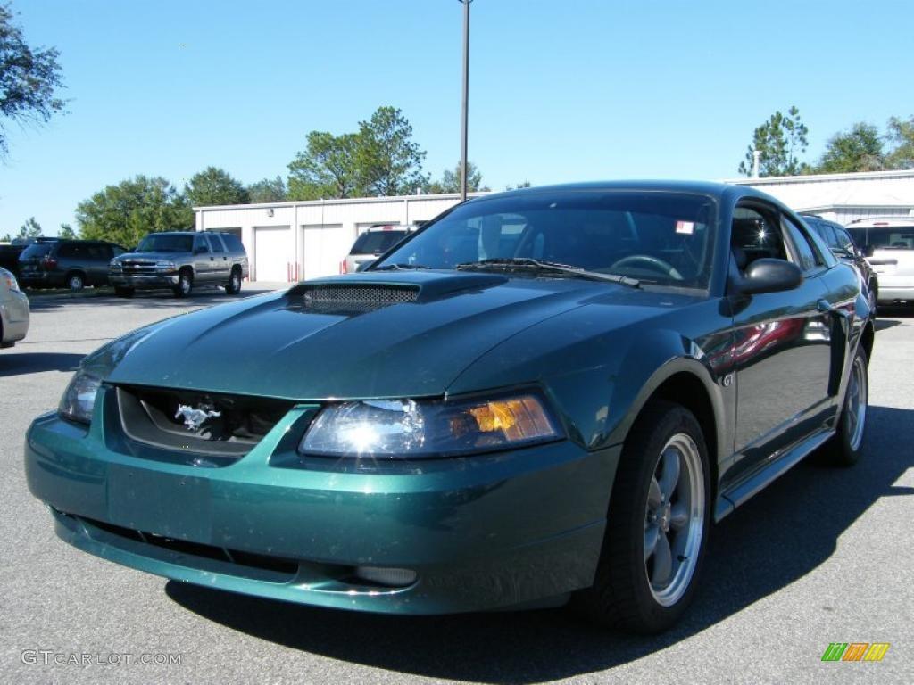 2002 Mustang GT Coupe - Tropic Green Metallic / Dark Charcoal photo #1