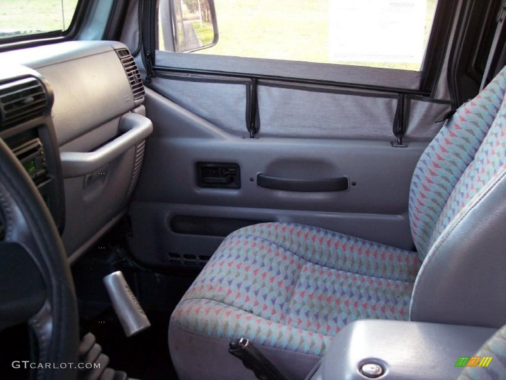 Gray Interior 1997 Jeep Wrangler Sport 4x4 Photo 40966948