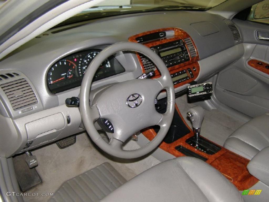Stone Interior 2004 Toyota Camry XLE V6 Photo #40998720