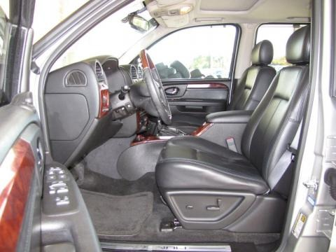 More 2006 GMC Envoy Denali Interior Photos