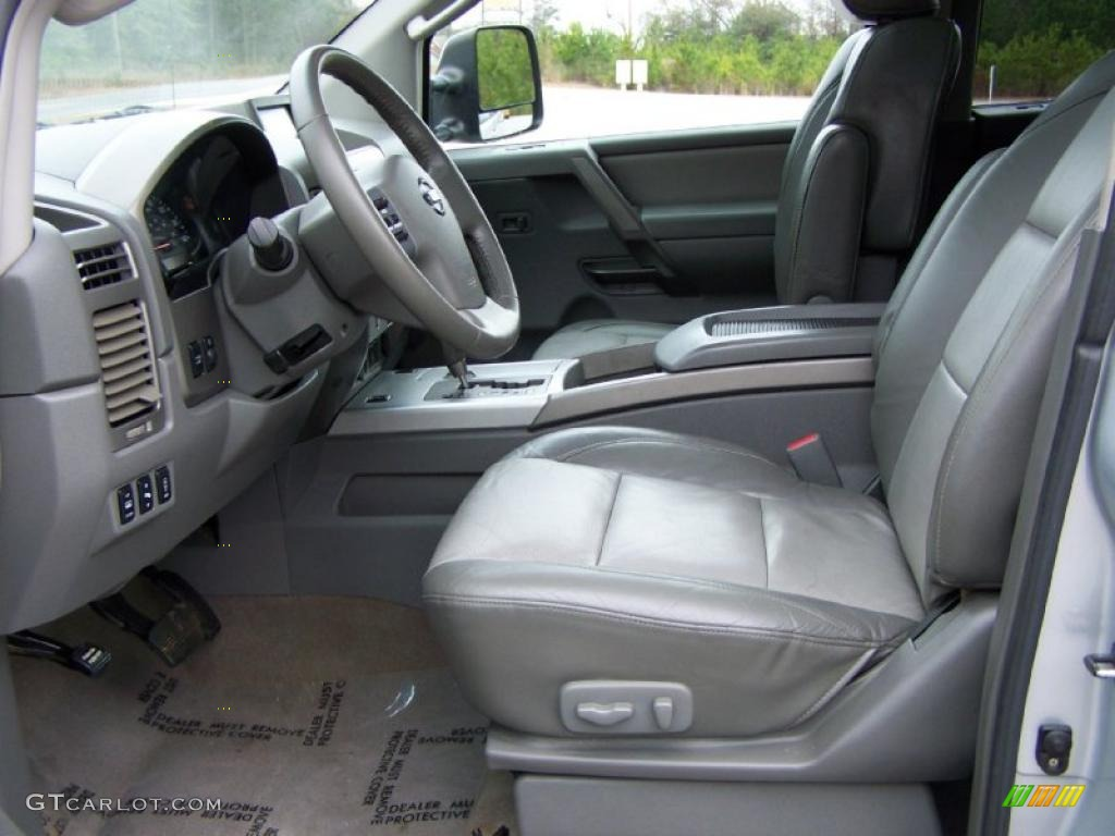 graphite titanium interior 2005 nissan titan le crew cab. Black Bedroom Furniture Sets. Home Design Ideas
