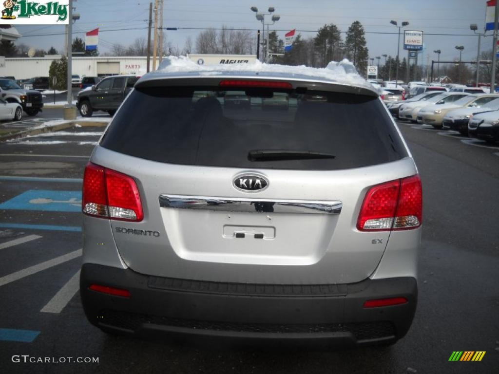 2011 Sorento EX AWD - Bright Silver / Gray photo #4