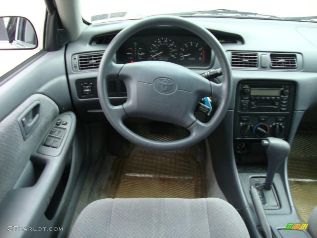 2000 toyota camry le gray dashboard photo 41064519. Black Bedroom Furniture Sets. Home Design Ideas