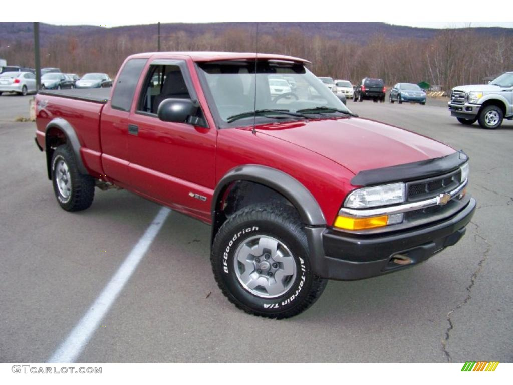 dark cherry red metallic 2003 chevrolet s10 zr2 extended cab 4x4 exterior photo 41080935. Black Bedroom Furniture Sets. Home Design Ideas