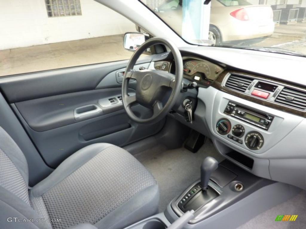Gray Interior 2002 Mitsubishi Lancer ES Photo #41088397 ...
