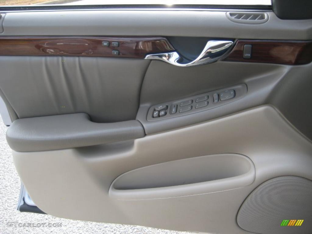 2004 Cadillac Deville Dhs Cashmere Door Panel Photo 41124991