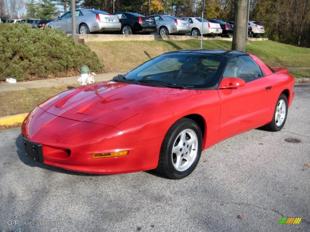 Bright Red 1996 Pontiac Firebird Formula Coupe Exterior