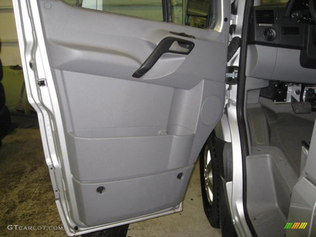 2007 Dodge Sprinter Van 2500 High Roof Passenger Door Panel Photos