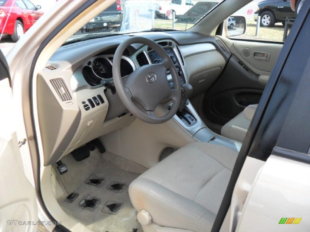 2004 toyota highlander i4 interior photo 41178498. Black Bedroom Furniture Sets. Home Design Ideas