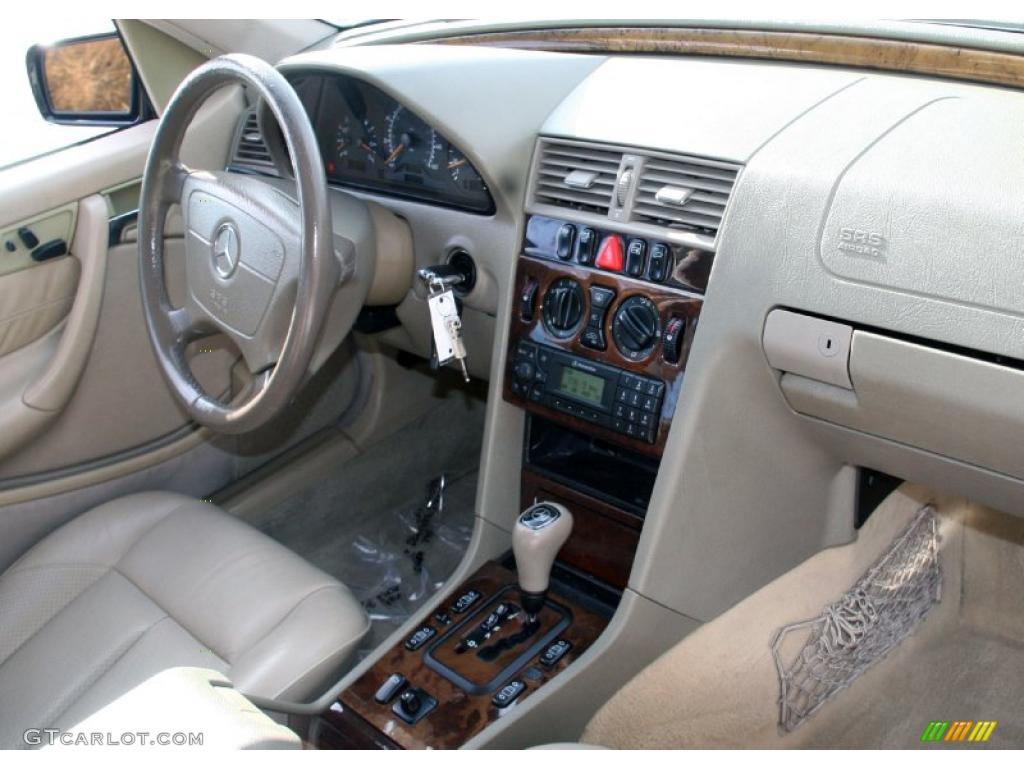 2000 Mercedes-Benz C 230 Kompressor Sedan interior Photo #41182650 ...