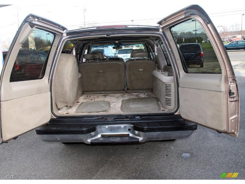 1996 Chevrolet Suburban C1500 Trunk Photos | GTCarLot.com