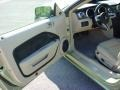Light Parchment Interior Photo for 2006 Ford Mustang #41233035