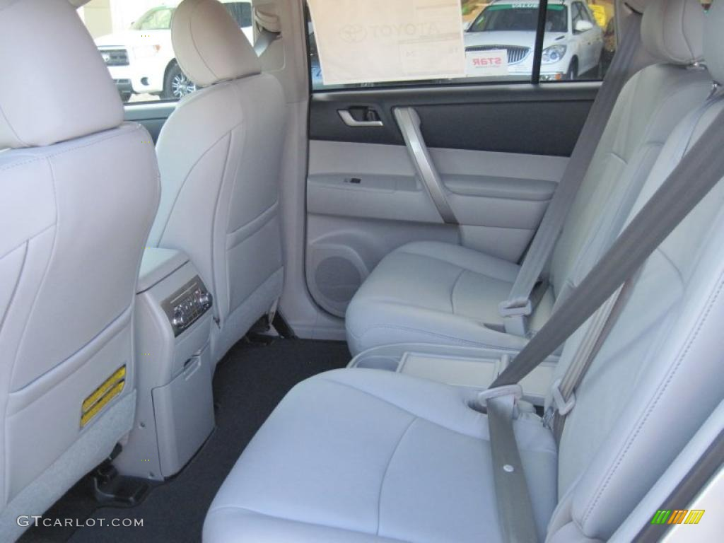 2011 toyota highlander se interior photo 41255921. Black Bedroom Furniture Sets. Home Design Ideas