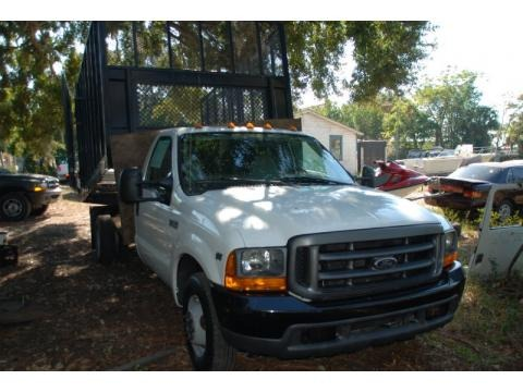 1999 Ford F350 Super Duty XL Regular Cab Chassis Data, Info and Specs